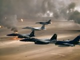 1600px-USAF_F-16A_F-15C_F-15E_Desert_Storm_edit2-e1421460440944